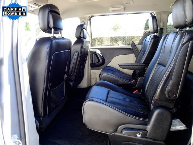 2015 Chrysler Town & Country Touring-L Madison, NC 32