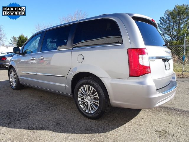 2015 Chrysler Town & Country Touring-L Madison, NC 4