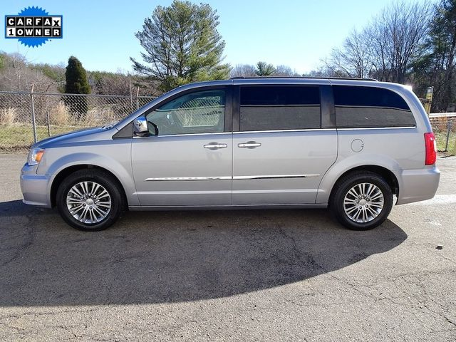 2015 Chrysler Town & Country Touring-L Madison, NC 5