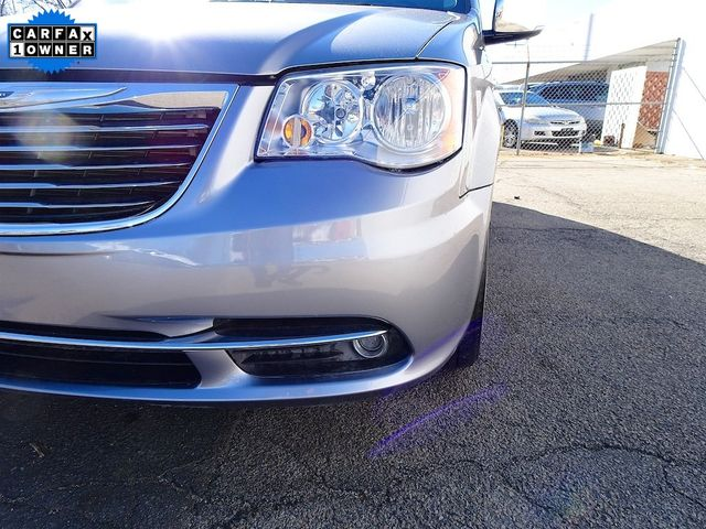 2015 Chrysler Town & Country Touring-L Madison, NC 9