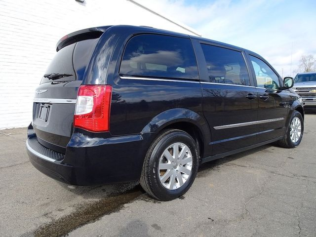 2015 Chrysler Town & Country Touring Madison, NC 2