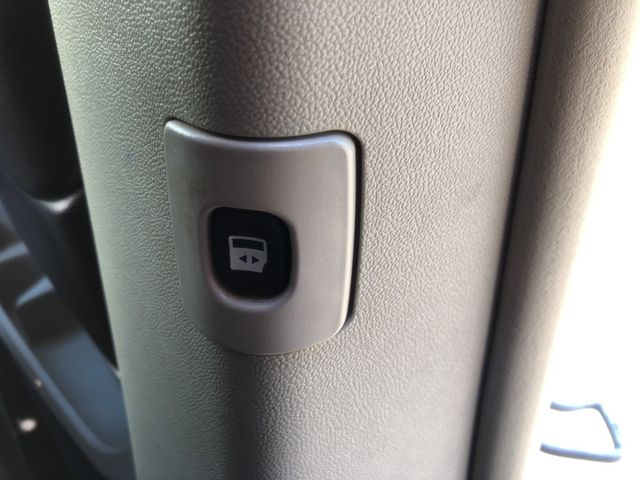 2015 Chrysler Town & Country Touring Madison, NC 34