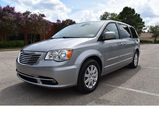 2015 Chrysler Town & Country Touring in Memphis, Tennessee 38128