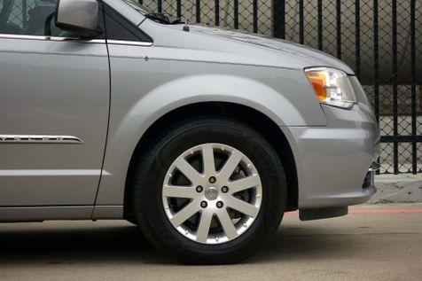 2015 Chrysler Town & Country Touring* Nav* BU Cam* DVD* Leather* EZ Finance** | Plano, TX | Carrick's Autos in Plano, TX