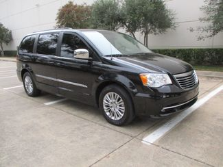 2015 Chrysler Town & Country Touring-L in Plano, Texas 75074