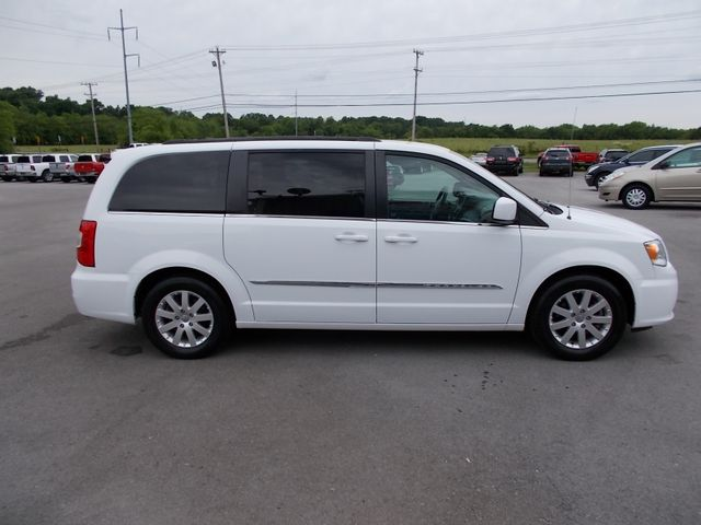 2015 Chrysler Town & Country Touring Shelbyville, TN 10