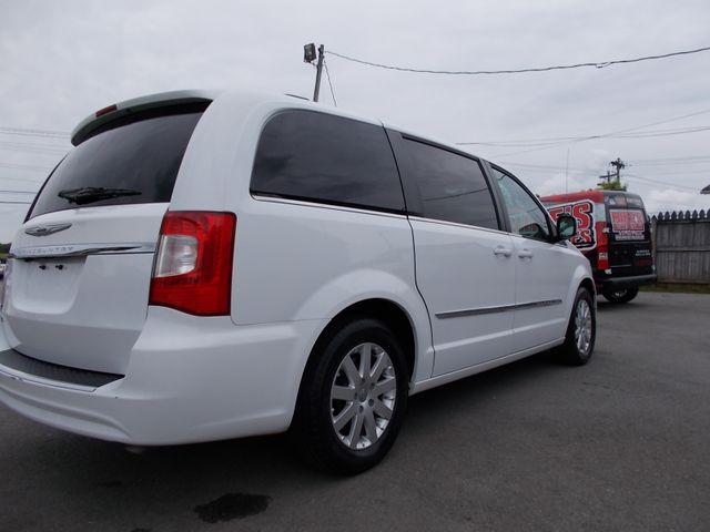 2015 Chrysler Town & Country Touring Shelbyville, TN 11