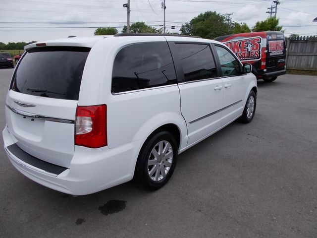2015 Chrysler Town & Country Touring Shelbyville, TN 12