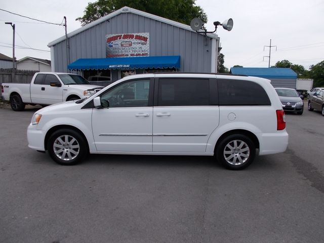 2015 Chrysler Town & Country Touring Shelbyville, TN 2