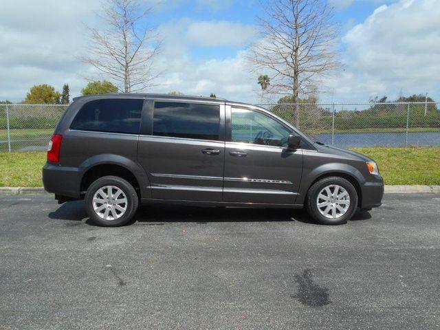 2015 Chrysler Town & Country Touring Wheelchair Van Pinellas Park, Florida 5