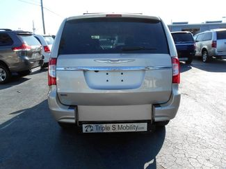 2015 Chrysler Town & Country Touring Wheelchair Van Handicap Ramp Van Pinellas Park, Florida 4