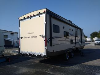 2015 Coachmen Freedom Express 271BL   city Florida  RV World Inc  in Clearwater, Florida