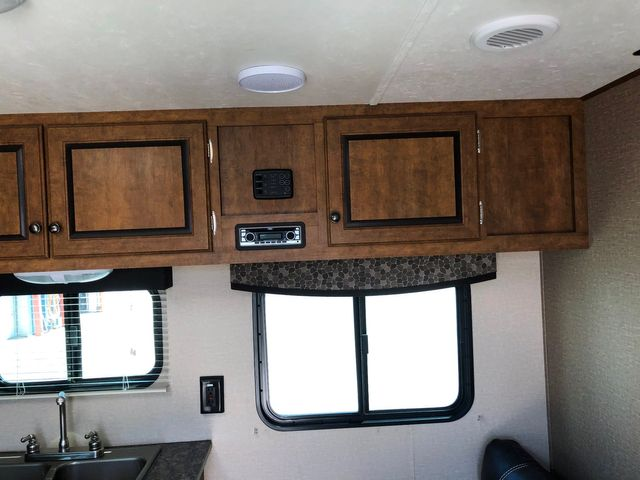 2015 Crossroads Z-1 ZT252BH in Mandan, North Dakota 58554