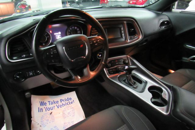 2015 Dodge Challenger SXT Chicago, Illinois 23