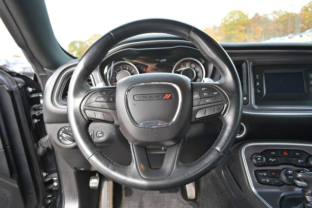 2015 Dodge Challenger SXT Naugatuck, Connecticut 14