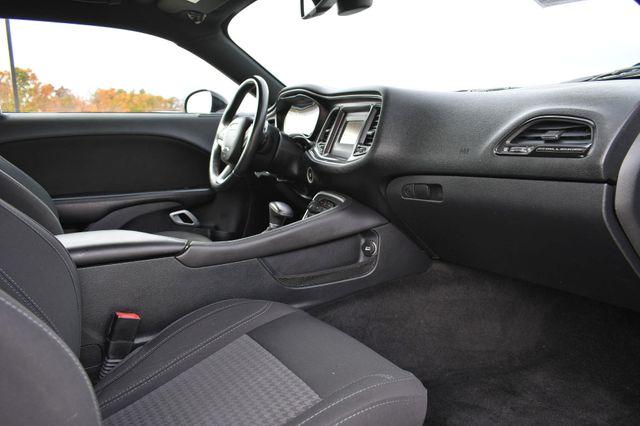 2015 Dodge Challenger SXT Naugatuck, Connecticut 8