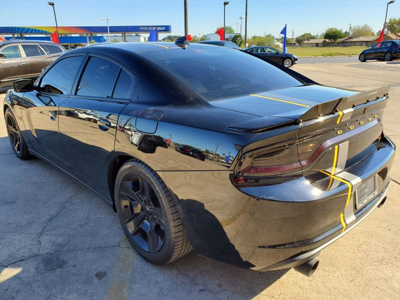2015 Dodge Charger RT  Brownsville TX  English Motors  in Brownsville, TX