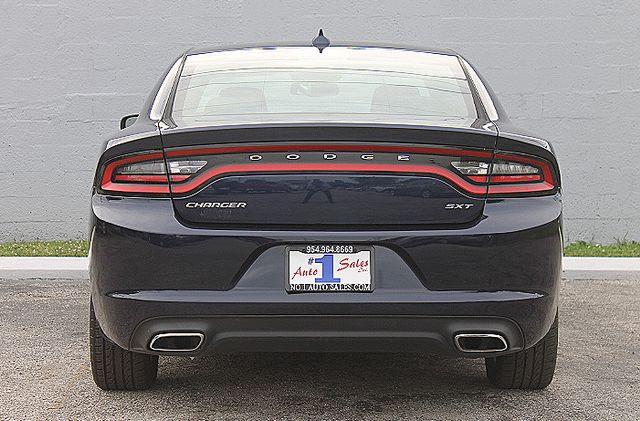 2015 Dodge Charger SXT Hollywood, Florida 36
