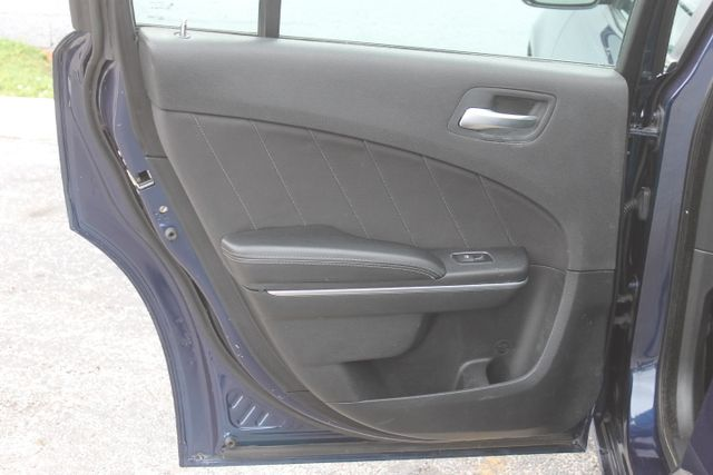 2015 Dodge Charger SXT Hollywood, Florida 43