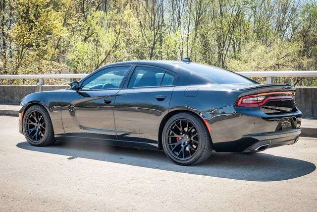 2015 Dodge Charger RT W/ HEMI V8- HELLCAT RIMS in Memphis, Tennessee 38115