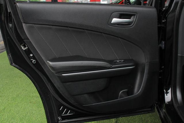 2015 Dodge Charger RT - NAV - SUNROOF - DRIVER CONFIDENCE PKG! Mooresville , NC 42