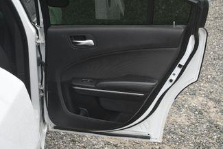 2015 Dodge Charger SE Naugatuck, Connecticut 9