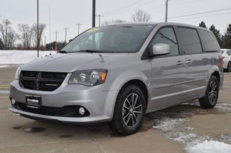 2015 Dodge Grand Caravan SXT Plus in Bettendorf/Davenport, Iowa 52722