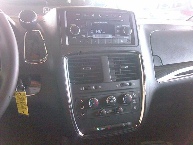 2015 Dodge Grand Caravan SE Plus Handicap Wheelchair accessible rear entry Dallas, Georgia 5