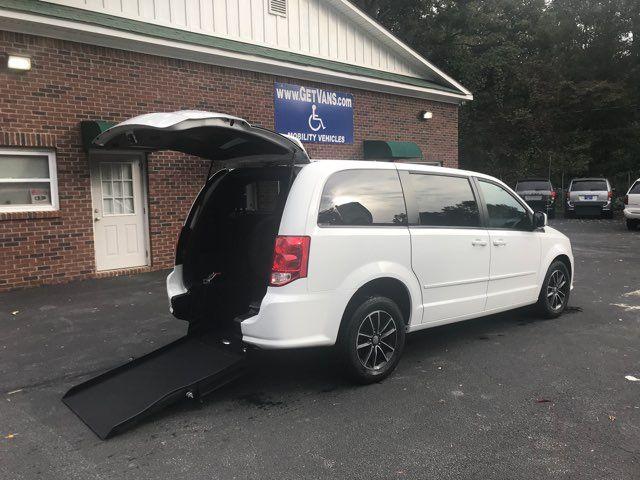 2015 Dodge Grand Caravan SE Plus Handicap Wheelchair accessible rear entry Dallas, Georgia 1