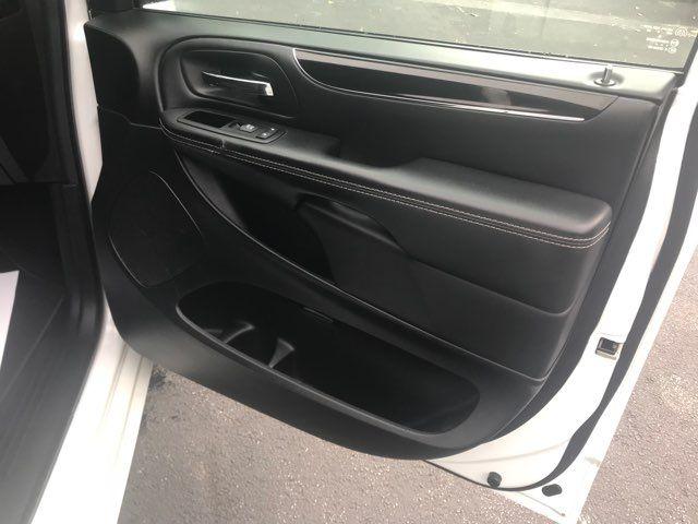 2015 Dodge Grand Caravan SE Plus Handicap Wheelchair accessible rear entry Dallas, Georgia 23