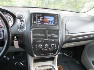 2015 Dodge Grand Caravan SXT Farmington, MN 5