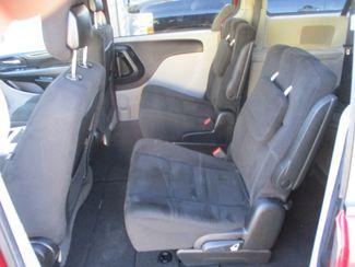 2015 Dodge Grand Caravan SXT Farmington, MN 3