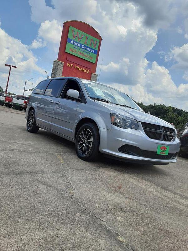 2015 Dodge Grand Caravan SE Plus | Gilmer, TX | Win Auto Center, LLC in Gilmer TX