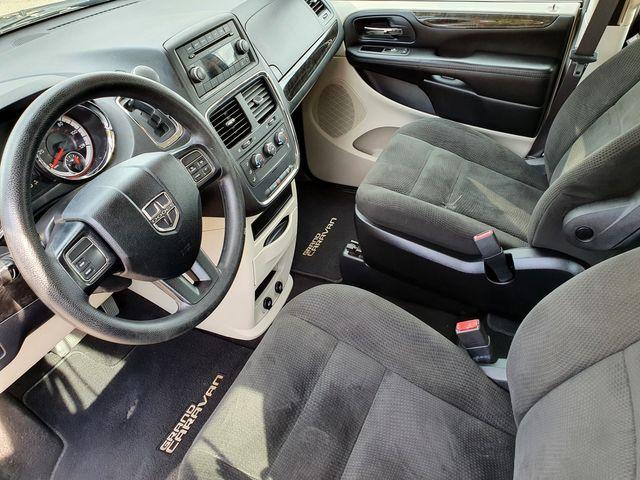 2015 Dodge Grand Caravan American Value Pkg 3.6L V6 Stow 'N Go in Louisville, TN 37777