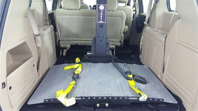 2015 Dodge Grand Caravan SE Wheel Chair Lift in McKinney Texas, 75070