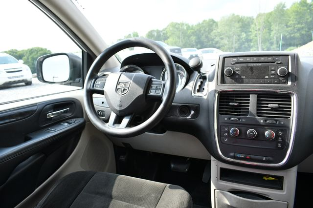 2015 Dodge Grand Caravan Naugatuck, Connecticut 13