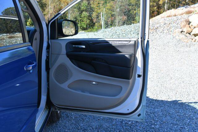 2015 Dodge Grand Caravan SE Naugatuck, Connecticut 8