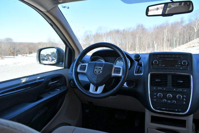 2015 Dodge Grand Caravan SE Naugatuck, Connecticut 12