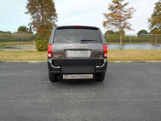 2015 Dodge Grand Caravan Sxt Wheelchair Van - DEPOSIT Pinellas Park, Florida 4