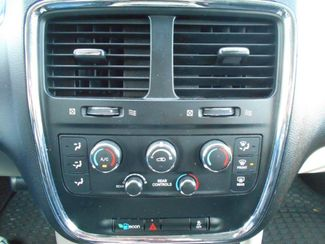 2015 Dodge Grand Caravan Sxt Wheelchair Van Pinellas Park, Florida 10