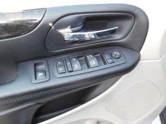2015 Dodge Grand Caravan Sxt Wheelchair Van Pinellas Park, Florida 7