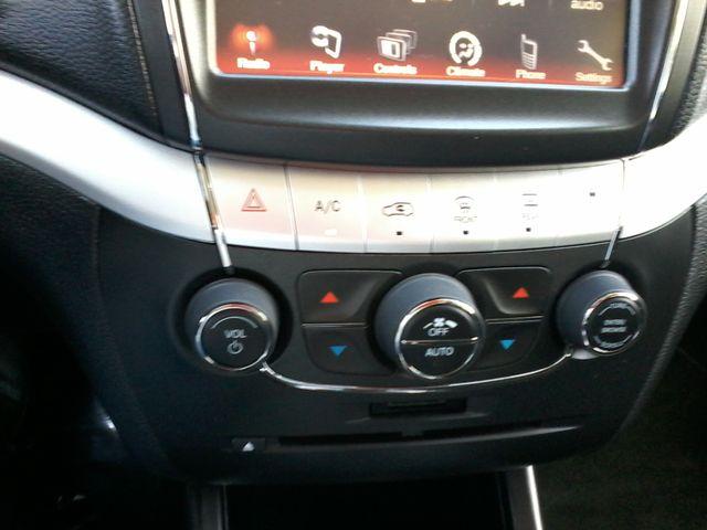 2015 Dodge Journey SXT Boerne, Texas 19