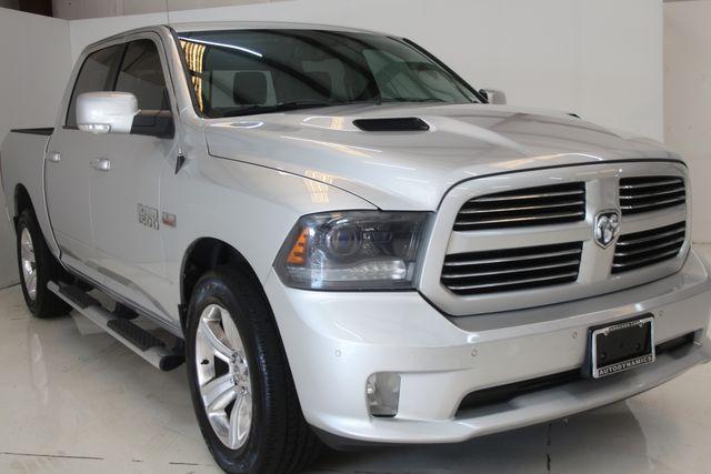 2015 Dodge RAM 1500 Sport Houston, Texas 3