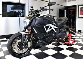 2015 Ducati DIAVEL CARBON in Pompano, Florida 33064