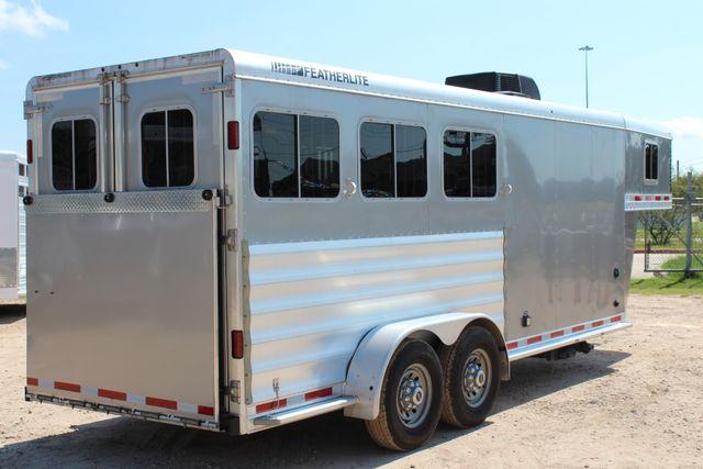 2015 Featherlite 8533 LQ 3H 8' SW Living Quarters CONROE, TX 46