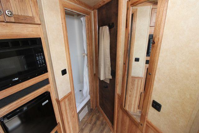 2015 Featherlite 8533 LQ 3H 8' SW Living Quarters CONROE, TX 26