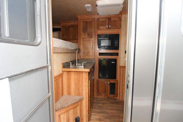 2015 Featherlite 8533 LQ 3H 8' SW Living Quarters CONROE, TX 11