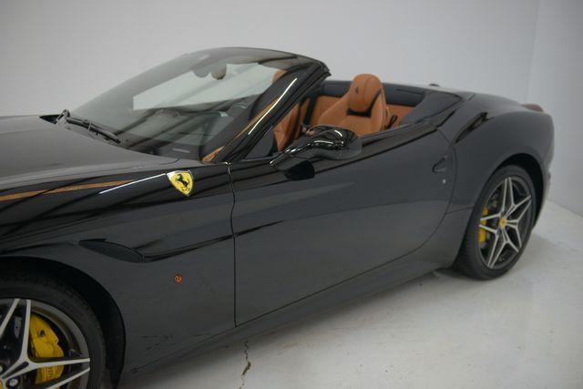 2015 Ferrari California Houston, Texas 8