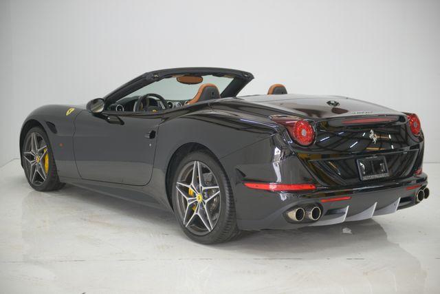 2015 Ferrari California Houston, Texas 9