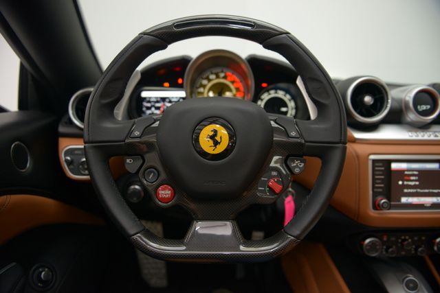 2015 Ferrari California Houston, Texas 23